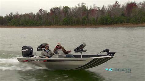 Lowe Boats Vs Tracker by 2012 Stryker Mod V Fishing Boat Boats Model Review