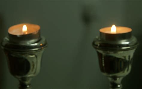 shabbos candle lighting times leiv esther shabbat candles some tips and information