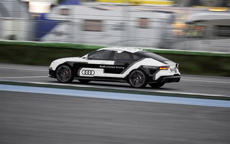 2018 Audi Rs 7 Piloted Driving Concept Motion 3