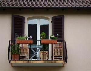 Balkon Bank Klein : balkon inrichten wooninterieur ~ Michelbontemps.com Haus und Dekorationen