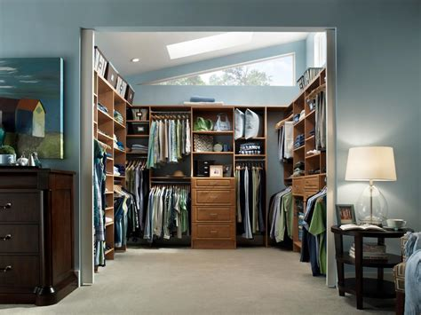 dressing chambre 12m2 top 3 styles of closets hgtv