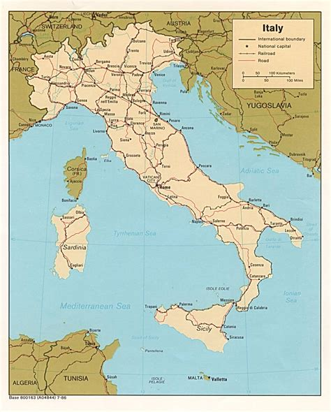 maps  italy detailed map  italy  english tourist