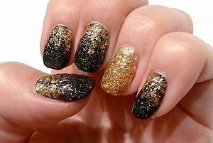 Nägel Schwarz Gold : achtung frisch lackiert silvester n gel gold und schwarz nageldesign pinterest n gel ~ Frokenaadalensverden.com Haus und Dekorationen