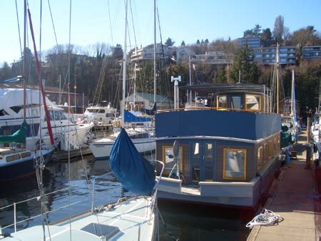 Living On A Boat In Seattle by Seattlehome Seattle Houseboats And Floating Homes