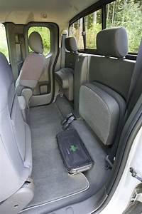 2010 Nissan Frontier King Cab Photos