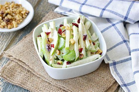 dzivei.lv - Skaistuma salāti ar āboliem un seleriju. Video ...