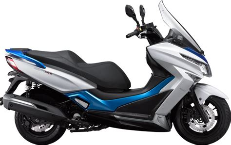 Review Kymco K Xct 200i by Kymco 125 Scooter What S On Cyprus