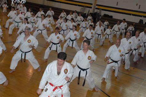 Associação de Karate Pepi - Blumenau, SC. Brasil (Dragões ...