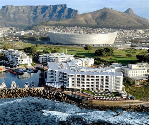 Hotel Radisson Blu Waterfront, Cape Town, South Africa. Villa Melina Boutique B&B. Albani Firenze Hotel. Hotel Krka. Hotel Panorama Leitlhof. Hotel Del Pozo. Sol Wave House. Golden Carlton International Hotel. Royal Livingstone Hotel