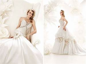 ivory ball gown wedding dresses with oversized floral With floral applique wedding dress
