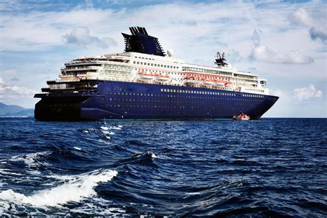 1990 Modern Cruise Ship, 1800 Passengers Stock No S2393
