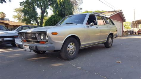 Datsun Wagon For Sale by 1975 Datsun 710 Wagon Violet For Sale Photos Technical