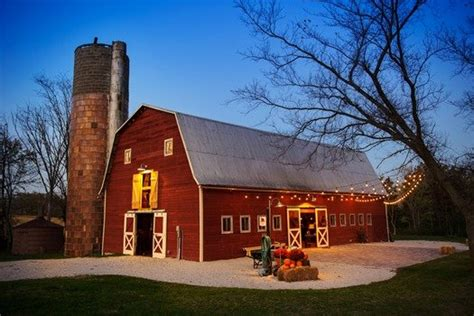 barn farm  ceremony reception venue