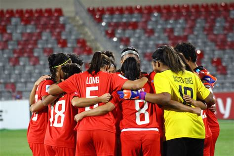Women Football Team Bows Down Korea Fails