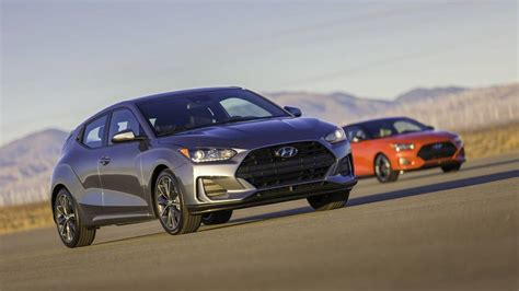 2019 Hyundai Veloster by 2019 Hyundai Veloster Gets A Racy Redesign