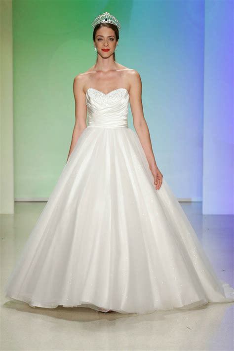 The Disney Bridal Collection 2017 Is The Stuff Of Dreams. Second Hand Sweetheart Wedding Dresses. Off The Shoulder Wedding Dress Body Type. Blush Wedding Dress Shop. Indian Wedding Dresses California. Vintage Wedding Dress Stores Melbourne. Cheap Wedding Dresses New York. Oscar De La Renta Wedding Dress Shop. Vintage Wedding Dresses In Dorset