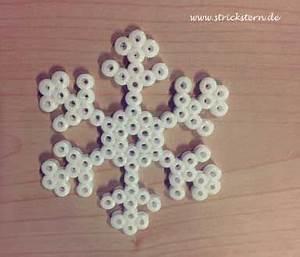 Schneeflocken Basteln Vorlagen : schneeflocken basteln aus b gelperlen als h bsche weihnachtsdeko geschenke verpacken schnell ~ Frokenaadalensverden.com Haus und Dekorationen