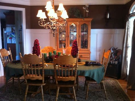 complete oak dining room set  table  chairs china hutch
