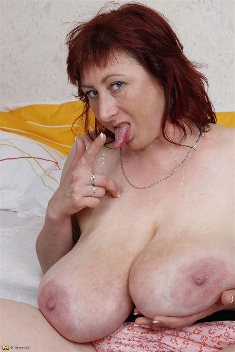Hot Housewife With Huge Boobs Fucking Hard