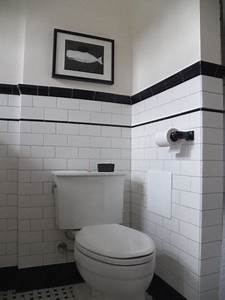 finally a vintage looking 193039s bathroom under a red With 1930 bathroom style