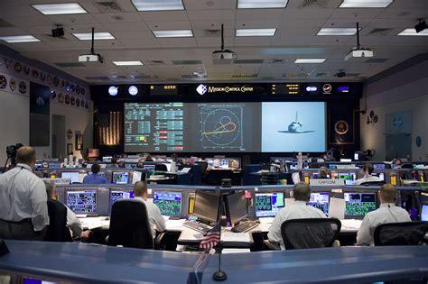 mission bureau de controle les salles de contrôle en images