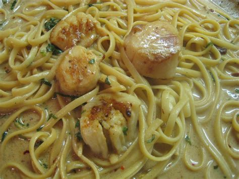 bay scallops recipe bay scallops with fettuccine bigoven 34198