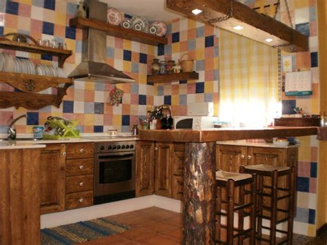 cocina rustica de colores muebles de cocina