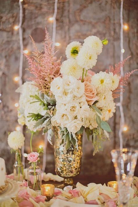 shabby chic wedding flower ideas 25 best ideas about shabby chic centerpieces on pinterest shabby chic wedding decor wedding