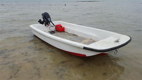 Small Fishing Boat Engine by Small Fishing Boat 10 Foot Dorey And 6hp Engine In Cowes