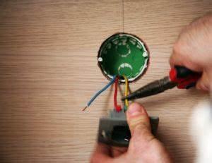 Montage Prise Electrique : installer une prise lectrique ~ Melissatoandfro.com Idées de Décoration