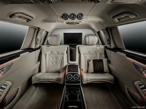 Powerful, confident character of the car emphasized in the front part using the large central. 2016 Mercedes-Maybach S600 Pullman - Interior | HD Wallpaper #17