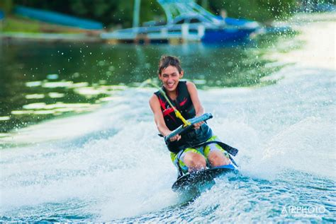kneeboard boats credit allison richards boat water features wipeouts avoid discover fun