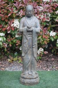 Statue Bouddha Maison Du Monde : statue moine debout 120 cm marron antique ~ Teatrodelosmanantiales.com Idées de Décoration