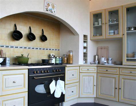 modele de cuisine simple modele cuisine simple design de cuisine moderne cbel