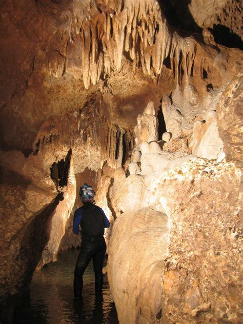 honey creek cave  longest  cave