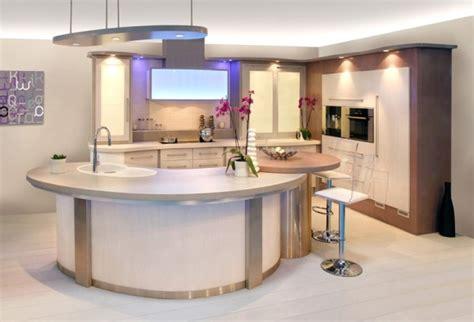 cuisine avec bar arrondi modele cuisine ouverte avec bar decoration cuisine