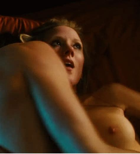 Best Celebrity Nude Gifs Part
