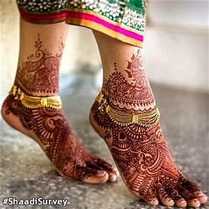 Bridal Anklet or payal. Bridal henna or mehndi designs ...