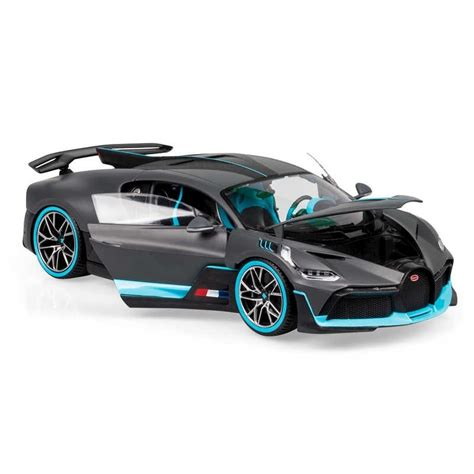 Bburago's stunning range of die cast cars cover subjects old and new. 1:18 Bugatti Divo   TOBAR