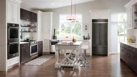 Kitchen Remodeling Projects in Highland Village, Flower
