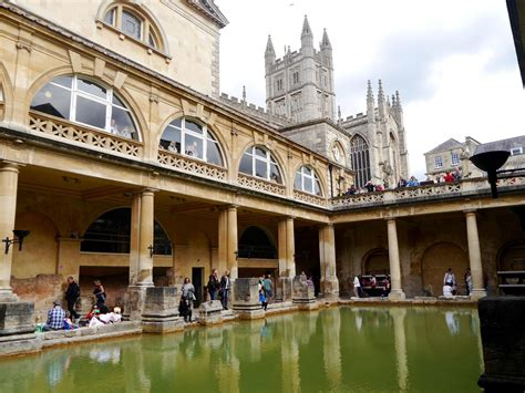 A Weekend City Guide To Bath England The Travelista
