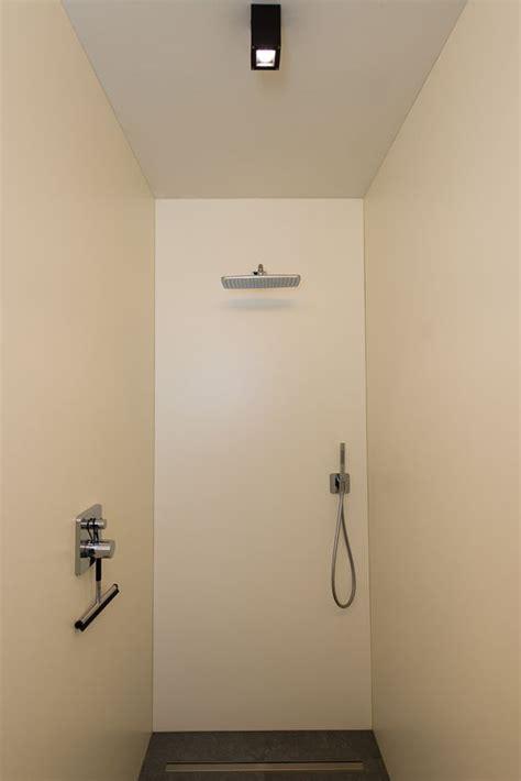 volkern badkamer de wanden de inloopdouche werden bekleed met volkern