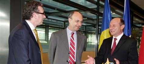 president chambre de commerce le président de roumanie accueilli à la chambre de