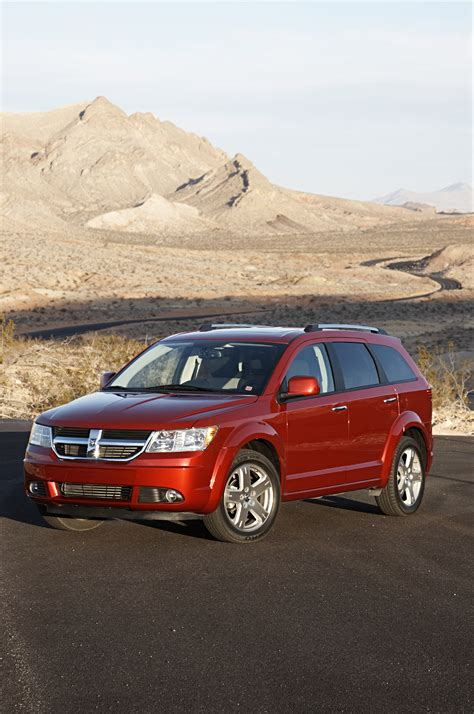 dodge journey crossover all new 2009 dodge journey crossover wins ward s quot clever