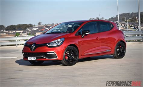 Review Renault Clio R S by 2015 Renault Clio R S 200 Cup Review