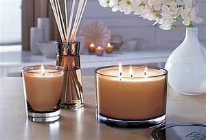 Grosse Bougie Parfumée : bougies 3 m ches parfum es beaut en image ~ Teatrodelosmanantiales.com Idées de Décoration