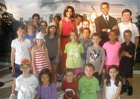 summer camp agnes school 849   Children with Obamas1