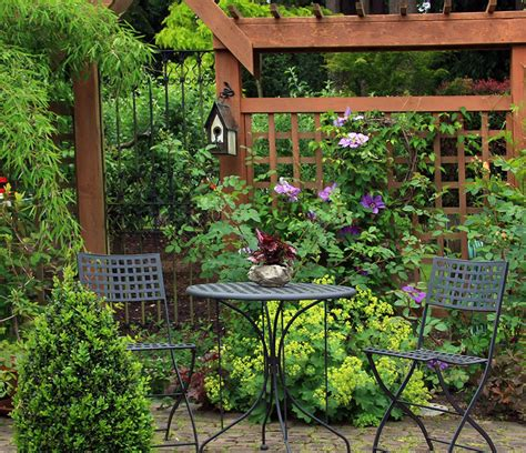 Small Trellis Fence by 55 Lattice Fence Design Ideas Pictures Of Popular Types
