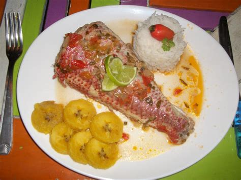 recette de cuisine antillaise guadeloupe court bouillon de poisson cuisine salée poissons cuisine créole et recettes