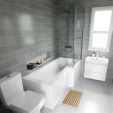 Modern Family Bathroom Ideas by 1700x850mm Right L Shaped Bath 4mm Screen Rail